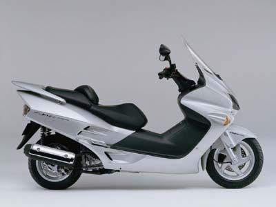 motorbike rental cyprus honda 200cc