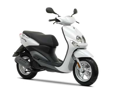 Motorbikerental Cyprus Yamaha scooter